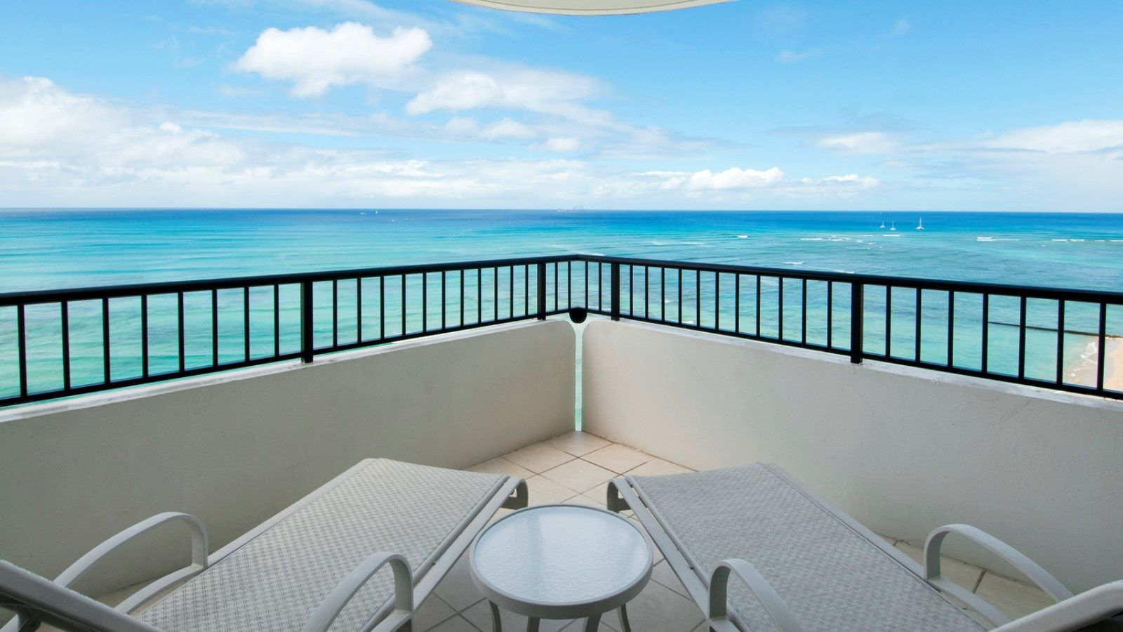 Tower Ocean Front Suite