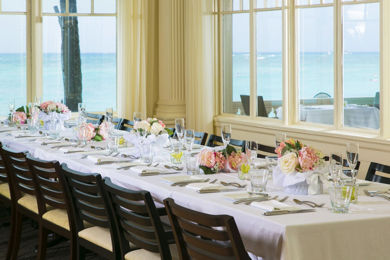 Moana Surfrider, A Westin Resort & Spa - Weddings